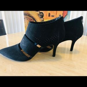 Ankle Boot/Shoe